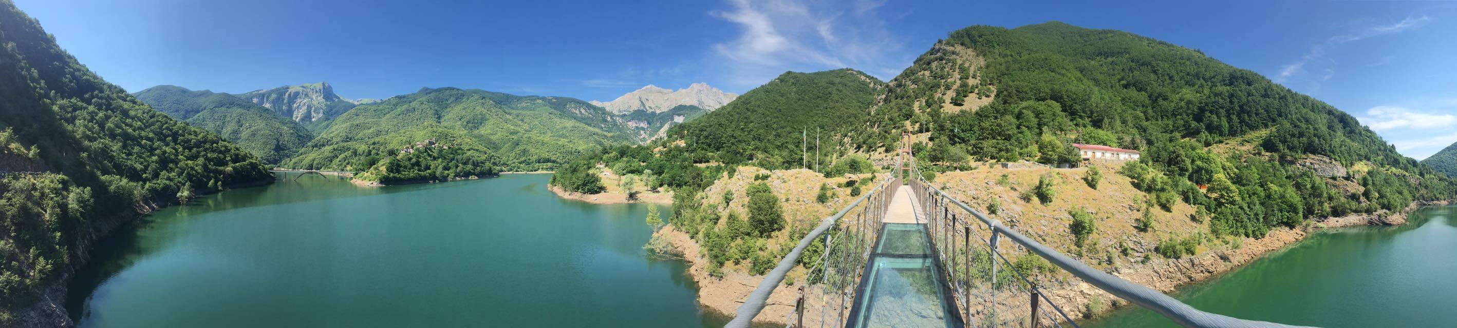 Ponte Sospeso sul Lago di Vagli